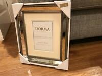New Dorma Luxurious Bevelled Mirror Finish Picture Frame Set