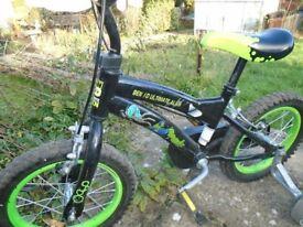 Boys Ben 10 bike with stabilizers