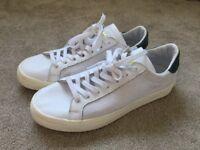 Adidas Originals Court Vantage, UK Size 9