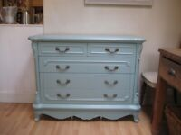 Lovely French Style Chest of Drawers - Professionally painted in Farrow & Ball Eggshell