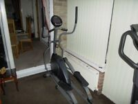 Horizon Fitness Andes 150 Cross Trainer