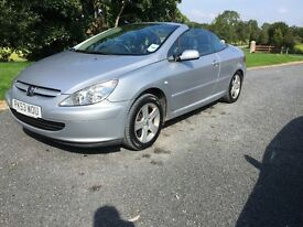 Excellent condition Convertible Peugeot 307 , low miles Mot to October 2017