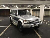 MITSUBISHI PAJERO 2.5 AUTO + PANROOF + 7 SEATER + 2 OWNERS FROM NEW