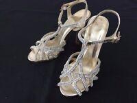 Ladies high heel shoes size 3
