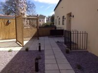 Lovely Modern 1 Bedroom Flat, Close to Royal Gwent and City Centre