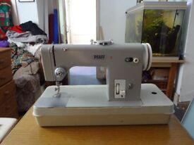 Pfaff 9 sewing machine .