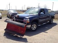 2002 Chevrolet SILVERADO 2500HD LT!!!   LEATHER WITH A PLOW!!!
