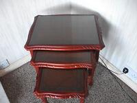 Tables Nest of Three Mahongany