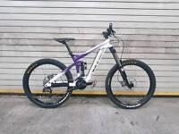 Vitus Bikes Dominer II AS NEW! DH bike FR downhill freeride enduro RockShox jump