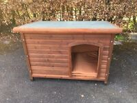 Large wooden weathertight kennel suitable for retriever etc fully insulated in good condition