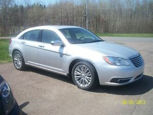 2012 Chrysler 200 -