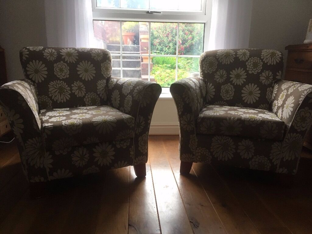 Armchairs x2 in good condition, some wear. Buyer collects60.00 for the pairin Barry, Vale of GlamorganGumtree - Two identical armchairs in good condition, some wear. Buyer collects. £60.00 for the pair