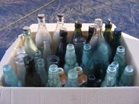 BOX OF 34 OLD BOTTLES FROM COLCHESTER, ESSEX.
