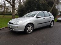 FORD FOCUS 1.6 ZETEC / PERFECT RUNAROUND / GREAT CONDITION FOR AGE