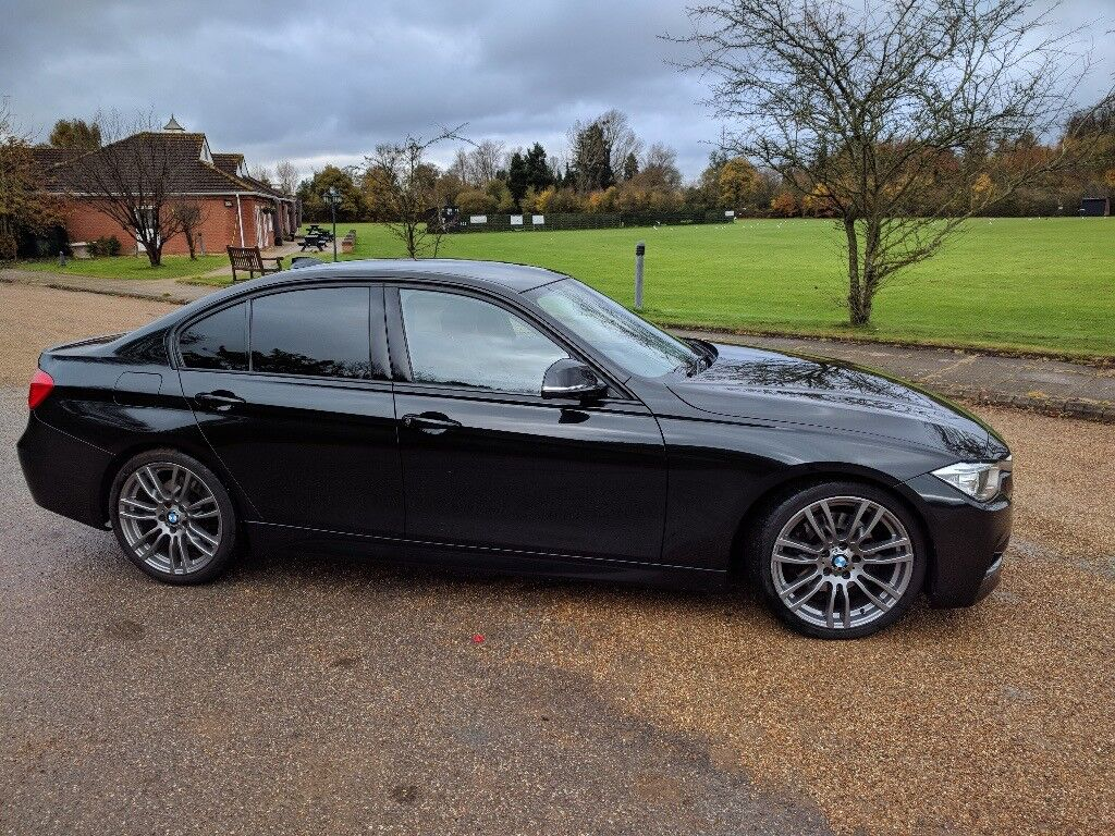 BLACK BEAUTY 2013 F30 330D M SPORT BMW SALOON
