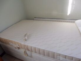Single adjustable bed (electric)
