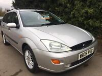 Ford Focus estate Ghia year 2000 Mot