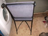4 matching metal frame dining chairs-£30 ono
