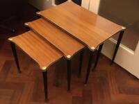 CUTE VINTAGE RETRO MID CENTURY ATOMIC SLIM LINE NEAT NEST OF 3 TABLES WITH BLACK & GOLD DETAILING