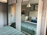Wardrobe 2.5 m wide H-2 m white/mirror