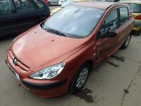 PEUGEOT 307 AUTOMATIC! VERY LOW MILEAGE!! RUNS AND DRIVE!!! SALVAGE OR REPAIR