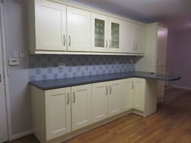 KITCHEN FOR SALE, Excelent condition, kitchen is dismantled and ready to collect