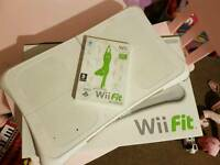 Wii Fit Board & Game In White Boxed