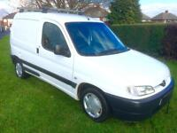 Peugeot Partner 1.9 L Diesel Van 600 LX / Full Mot / Runs Great