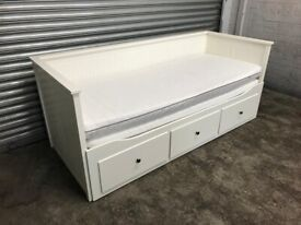 FREE DELIVERY IKEA HEMNES WHITE DAY BED WITH 2 MATTRESSES GOOD CONDITION