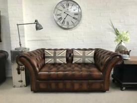 Antique brown Button base Chesterfield sofa. Can deliver.