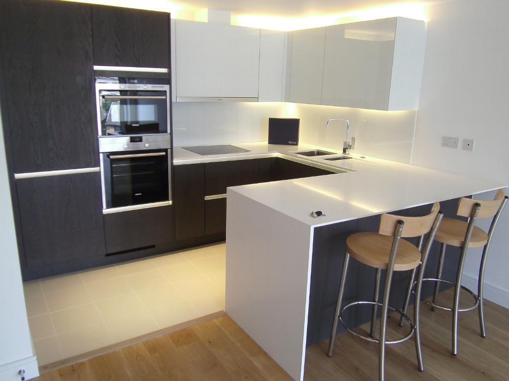 Brand New Quality Development Concierge Lift Gardens 2 Bed 2 Bath Flat Very Near BR River Shops