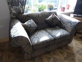 2 X Seater Kirkdale Woburn Style Black Gold