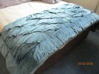 Luxurious Jade Velour Bed throw
