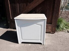 White wooden laundry chest/ stool with cork top to sit on. Ideal for bathroom.