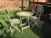 Shabby Chic cream bistro cast iron and steel garden table & chair set