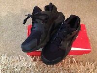 Nike air trainers genuine
