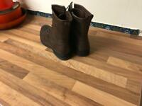 Brown leather boots, Size 7