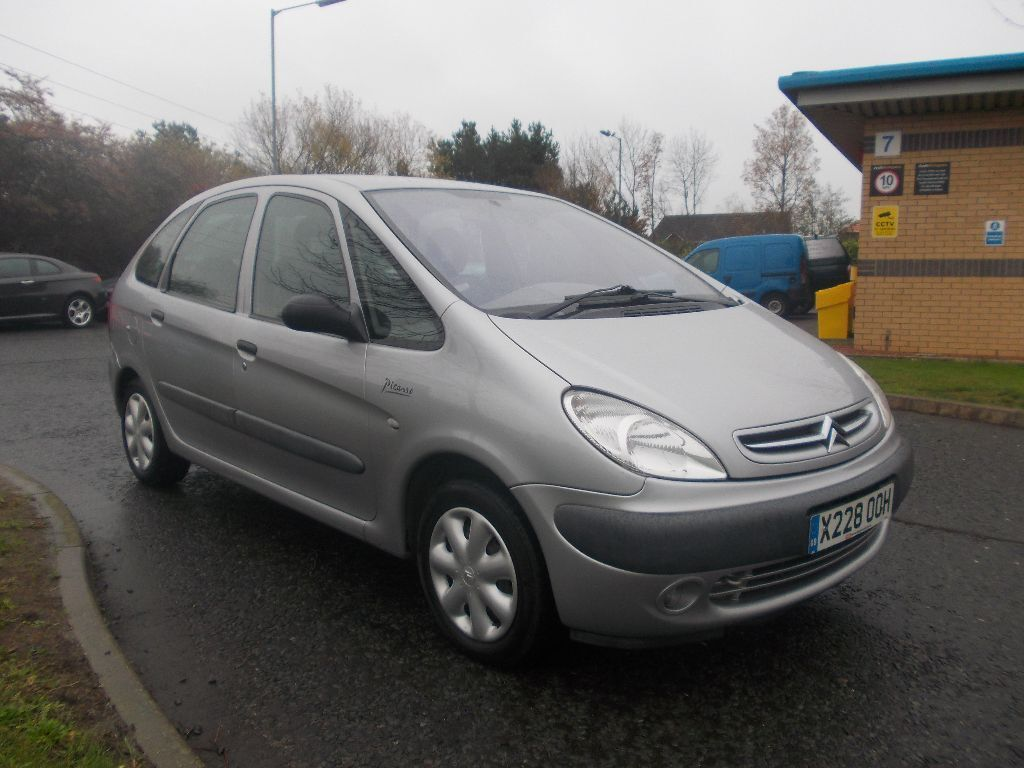 citroen xsara picasso sx 2 0 hdi diesel mpv stunning silver bargain only 395 look px delivery. Black Bedroom Furniture Sets. Home Design Ideas