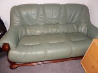 Vintage leather 3 seater sofa + 2 armchairs + coffee table