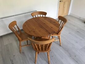 Solid pine table and 4 pine chairs