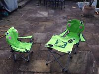 "SunnCampWell ""Frog"" children's table and 2 chair set"