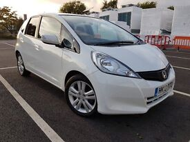 Honda Jazz 1.4 Es + I-Vtec White, 1 Previous owner, Long MOT, Tax £110 per year