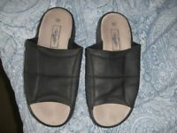 Lee Cooper mens sandals size 11