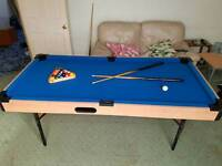 Pool table 6ft - 3ft