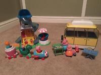 Peppa pig camp van and slide