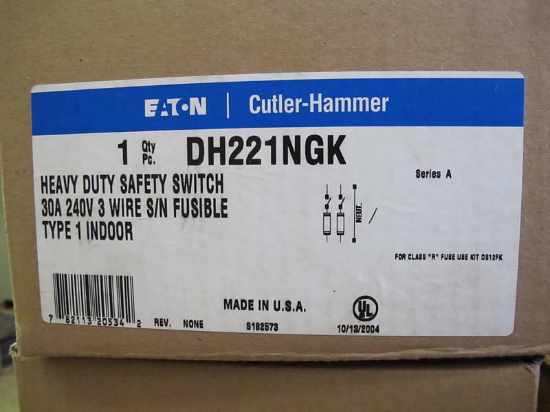Cutler Hammer DH221NGK, 30 Amp, 240 Volt, Fusible Disconnect -NEW