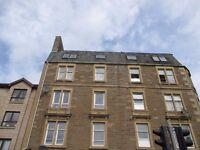 Large 2 bedroom Property - Hawkhill