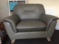 Grey leather 2 seater settee and large cuddle chair for sale