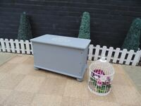 SOLID PINE BLANKET BOX PAINTED WITH LAURA ASHLEY PARIS GREY VERY SOLID BOX