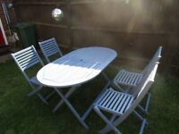 Garden Patio / Table & 4 Chairs Good condition